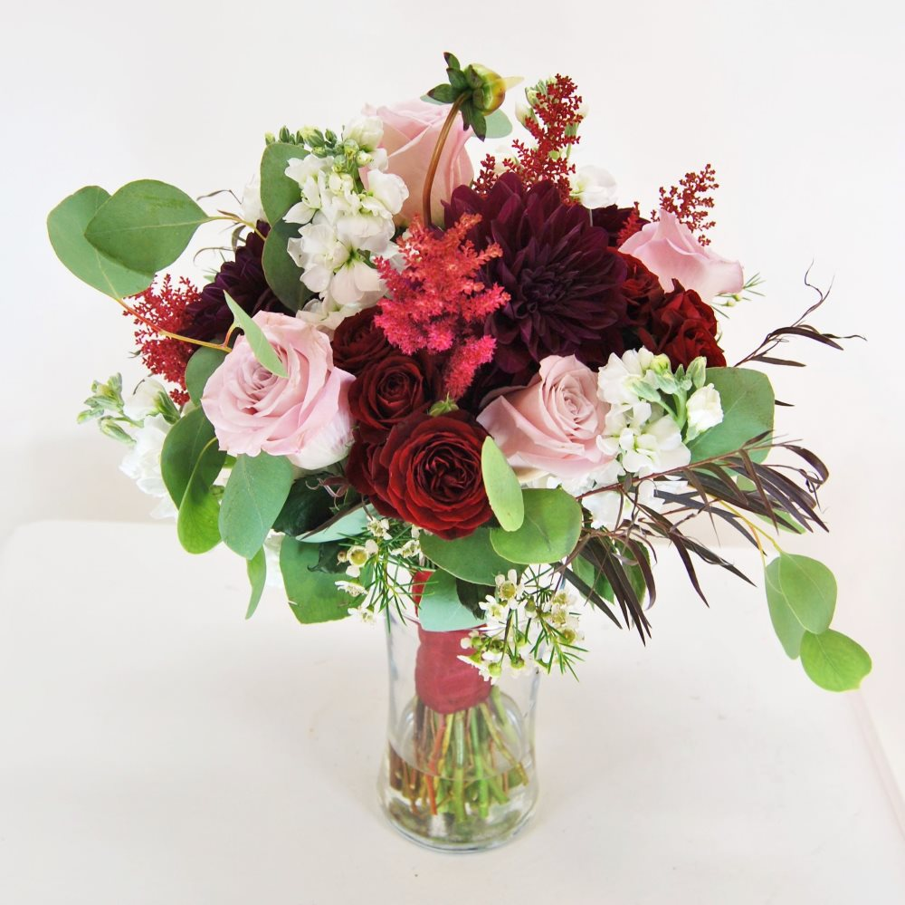 burgundy and dusty pink wedding bouquet