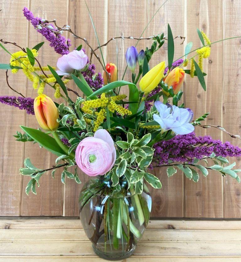 easter flower arrangement with fresh spring flowers