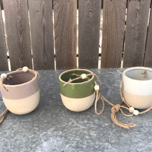 ceramic hanging pots in varying color